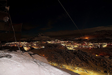 <h5>Nuuk Night</h5><p>Niels Joelsen Heilmann har sendt dette smukke billede. Copyright Niels Joelsen Heilmann</p>