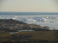 <h5>Ilulissat</h5><p>Lars Ulrik Thomsen har taget dette smukke billede af byen. © Lars Ulrik Thomsen</p>