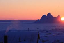<h5>Qeqertarsuaq</h5><p>Dette smukke billede er taget af Ado Isaksen. © Ado Isaksen</p>