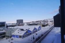 <h5>Nuuk</h5><p>© Najaaraq Fontain. Billedet med den smukke himmel er taget i Nuuk midtby.</p>