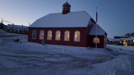 <h5>Qaqortoq</h5><p>© Susanne Heilmann har taget dette billede af den gamle kirke i Qaqortoq.</p>