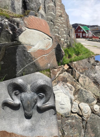 <h5>Qaqortoq</h5><p>Kunst i byen. Photo/foto © Nuka Korsgaard</p>
