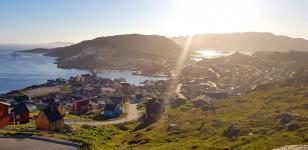 <h5>Qaqortoq</h5><p>© Arnajaraq Mølgaard</p>